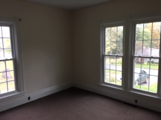 LARGE CLEAN,SINGLE BEDROOM, 1ST FLOOR APARTMENT