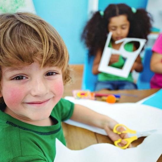 Kids Arts and Crafts Program